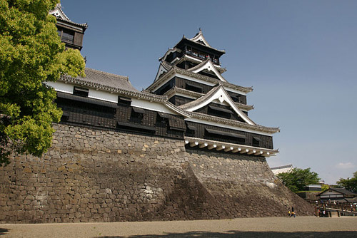 Kumamoto Castle, Kumamoto, Kumamoto prefecture, Japan: Photograph courtesy of Wikipedia