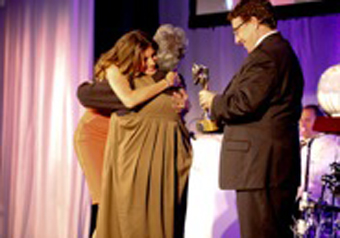 "Gisele Bundchen, UNEP's Goodwill Ambassador and Achim Steiner, Executive Director of UNEP,: presenting the Champions of the Earth award in the category of ""Inspiration and Action"" to Martha Isabel Ruiz Corzo. Photograph courtesy of UNEP"